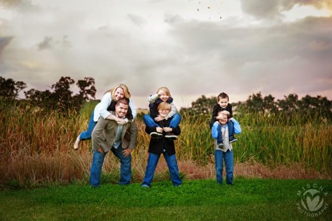 outdoor family piggy back portrait