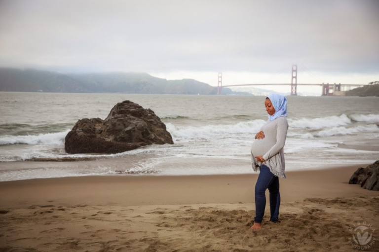 San Francisco beach maternity